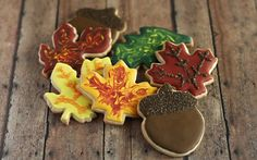 "Thanksgiving/Fall ""Autumn Leaves and Acorns"" Sugar Cookie Collection - (1 Dozen)"