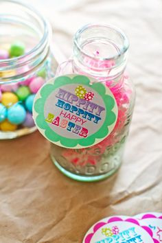 easy Easter printables from @Marla Meridith in colors that match Pretzel M!!!