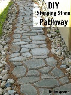 DIY Stepping Stone Pathway