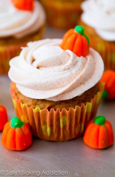 Pumpkin Cupcakes with Cinnamon Frosting