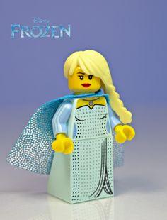 ❄️Queen Elsa from Frozen Custom LEGO Minifig by Justin and Jordan W. / General JJ on Flickr | https://m.flickr.com/#/photos/62404662@N04/13839253225/
