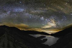 Photographer Captures Spectacular Milky Way Vista from the Azores (Photo)