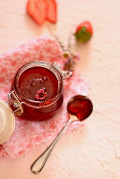 Strawberry Jam with Red Currant by nashplateful: No additives, no preservatives, ready in 30 minutes! #Jam #Strawberry #Currant