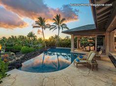 Beautiful Hawaiian home that offers the perfect backyard paradise