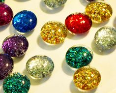 Glass magnets that sparkle!