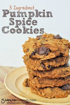 3 Ingredient Pumpkin Spice Cookies on http://www.5minutesformom.com