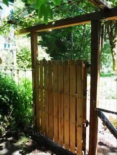 33 DIY Ideas to Reuse and Recyle Wood Pallets and Personalize Home Decorating pallet fence, idea, yard, garden gates, climbing roses, gardens, door, pallet gate, old pallets