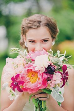 Floral Design: Jaclyn Journey Photography: Mollie Crutcher  Vintage-Botanical-Wedding-Inspiration