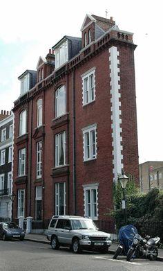Thin House (London) #homes