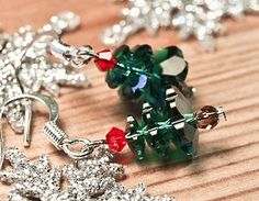 #Last-minute DIY Cute Christmas Tree Earrings!