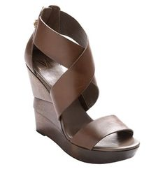 gorgeous wedges.