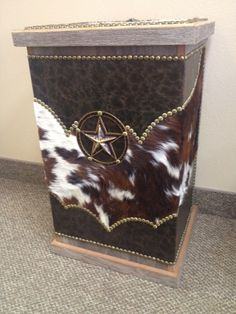 FANCY WESTERN LEATHER AND COWHIDE HAMPER | Western Decor by Signature Cowboy