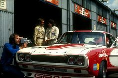 Klaus Ludwig (right) and his Grab-Ford Capri 2600 in the paddock 1973 – Photo by Lothar Spurzem