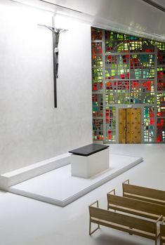 Ohmygoodness. This is amazing. It's a CHAPEL!! Look on designmilk for more... it's beautiful.