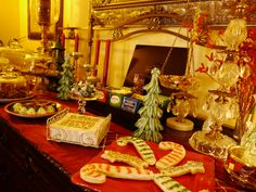 Festive sideboard of #Christmas sweets at the top-rated Green Palm Inn in #Savannah #Georgia #USA | Romantic Inns of Savannah member | Photo (c) Green Palm Inn / Sandy Traub