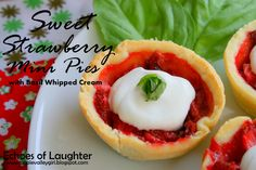 Treat Mom to some mini-strawberry pies for Mother's Day!
