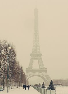 would love to see Paris when it looks like this!