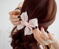 pretty bow (:
