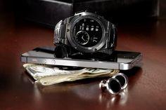 Michael Bastian Creates a Smartwatch That Looks Like a Watch