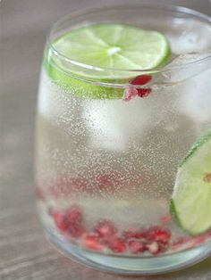 Pomegranate and Lime Spritzer