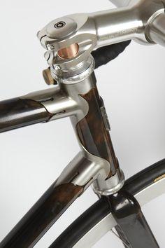 Copper steertube! this bike is full of goodies