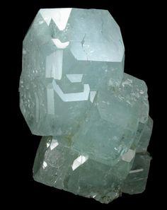 + Beryl var. Aquamarine with Muscovite