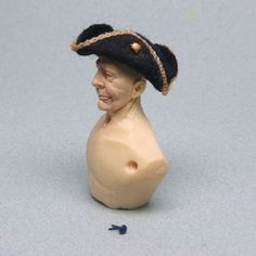 Make a Dolls House Scale Tricorne Hat from Felt. Tutorial by Leslie Shepard
