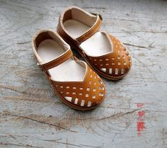 French vintage 50's kids shoes by Prettytidyvintage
