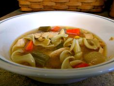 Blogghetti: Chicken Noodle Soup (Crockpot)