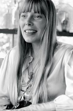 Joni. At home, Laurel Canyon, California