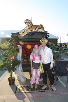 Satchels of Gold: Trunk or Treat...a Success!