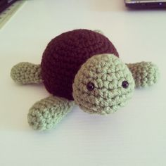 Small Turtle FREE Crochet Pattern! « The Yarn Box - Now I just need to find someone who crochets! :)