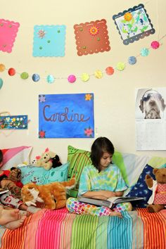 Great ideas for decorating kids rooms with their own art for cheap