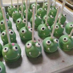 Froggie Cake Pops