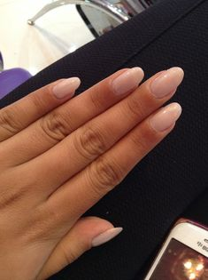 TMA Nails: Update on Almond Nails | The Monroe Affair