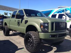 Ford F-350 Warbird. Love everything about this truck!