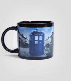 Doctor Who Disappearing TARDIS Mug - Dr. Who Heat Changing T.A.R.D.I.S. Mug. Hubby got me one today :)