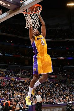Photos: Lakers vs. Warriors 11/22/13 | THE OFFICIAL SITE OF THE LOS ANGELES LAKERS