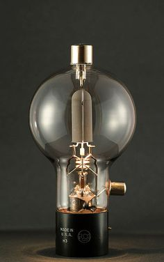 modern man, industri design, bulb, lamp, modern industrial, vacuum tube, radios, industrial design, light
