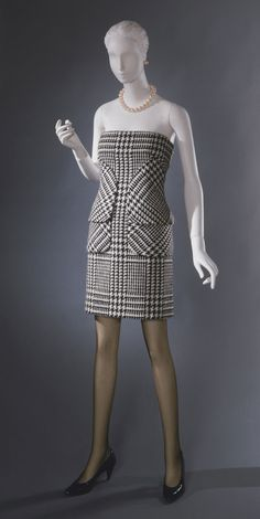 Dress Bill Blass, 1986 The Philadelphia Museum of Art