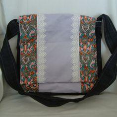 SALE! Juno Messenger bag £12.50