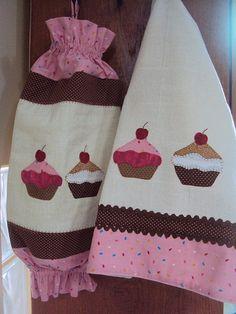 Puxa Saco e Pano de Prato Cupcake........ Set repasador + porta bolsas