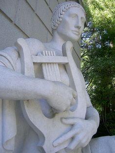 Statue detail, aka Harpzilla