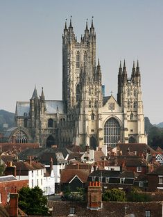 Canterbury Cathedral, one of the oldest and most famous Christian structures of England...got lost in the towne. Lol
