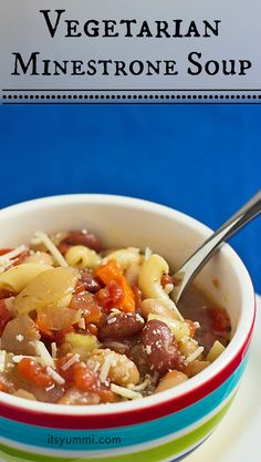 Easy Vegetarian Minestrone Soup - fast comfort food for busy nights   It's Yummi for cupcakesandkalechips.com