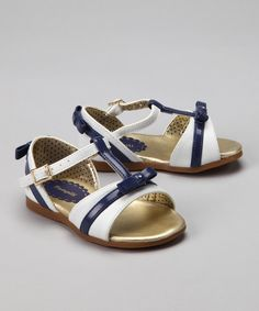 Pampili #zulily. If only Kiddo would wear sandals...