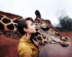 A girl and a giraffe - Imgur