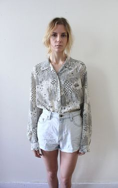 Vintage 80s Black White Geometric Print Secretary Blouse // Button Up Shirt. $30.00, via Etsy. #vintage #vintagefashion #vintagestyle #style #fashion #fallfashion #etsy #shops #clothing #vintageclothing #womensstyle #trends #styletrends #fashiontrends #geometric #geometricprint