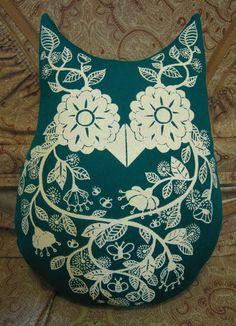printed owl pillow