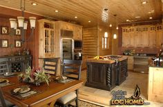 Dining Area & Kitchen of Golden Eagle's Country's Best